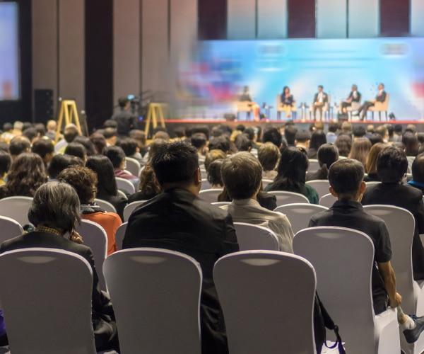 Evénement organisation de séminaire d'entreprise - challenger event